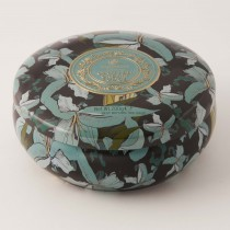 Round Lilies Tin clotted cream fudge tin 200gr